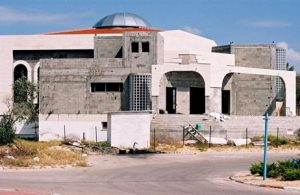Synagogue Under Construction - בית כנסת בשלבי בנייה